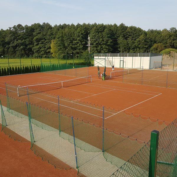 Korty do tenisa ziemnego w Tenis Kozerki