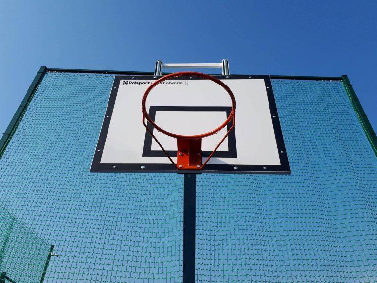 Boisko do koszykówki w Kozerkach