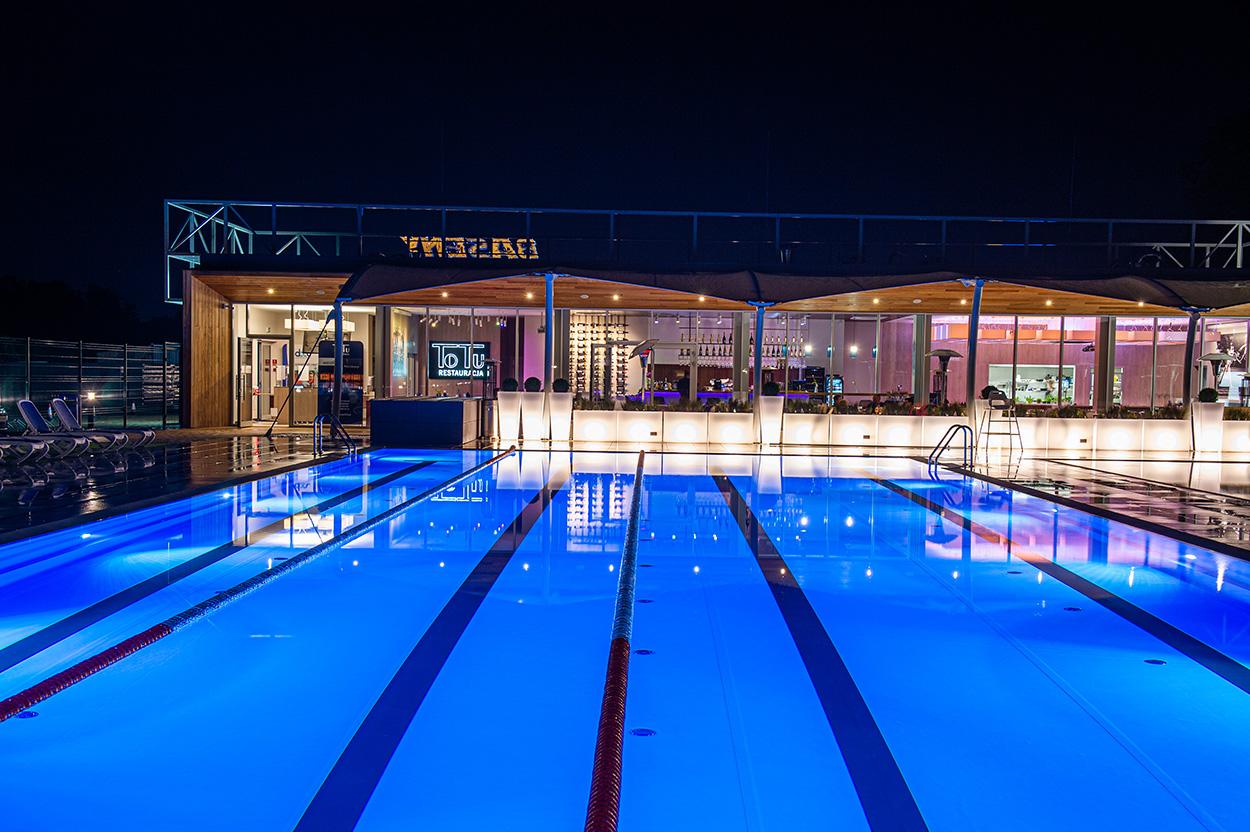 Pools and Restaurant ToTu